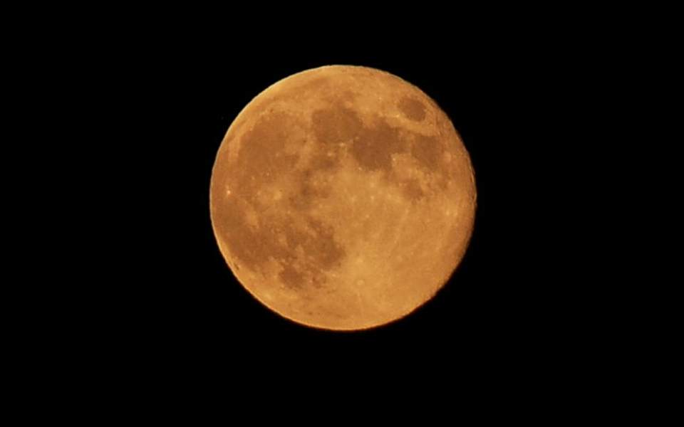 Τεχνητό φεγγάρι ετοιμάζουν οι Κινέζοι