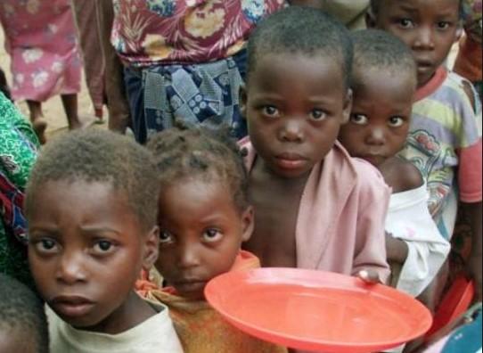 10.000 παιδιά πεθαίνουν από πείνα κάθε μέρα στην Αφρική