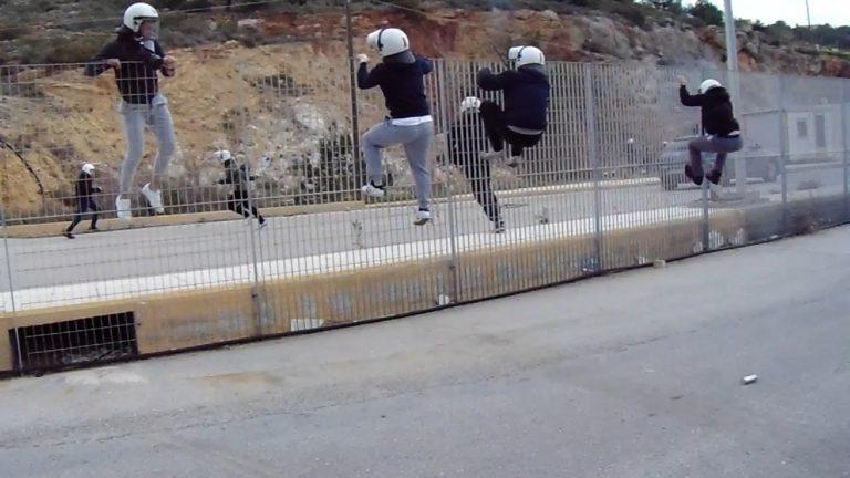 Όργιο αστυνομικής αυθαιρεσίας σε Χίο και Λέσβο