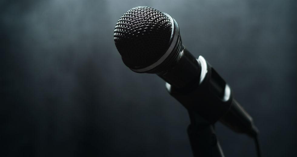 Σε θάνατο δια απαγχονισμού για βλασφημία καταδικάστηκε τραγουδιστής στη Νιγηρία