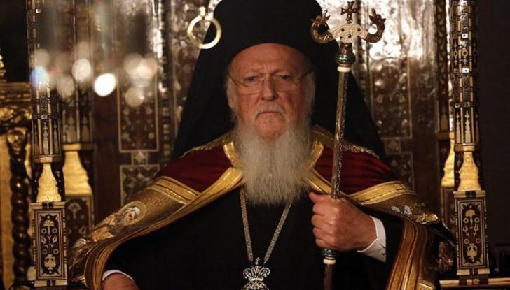 Δεν μεταδίδεται με τη θεία κοινωνία ο κορωνοϊός λέει ο Οικομενικός Πατριάρχης Βαρθολομαίος